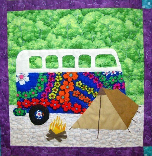 Camping Bus - quilt detail