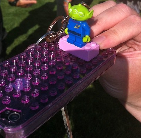 Lego cell phone geek-wonderful
